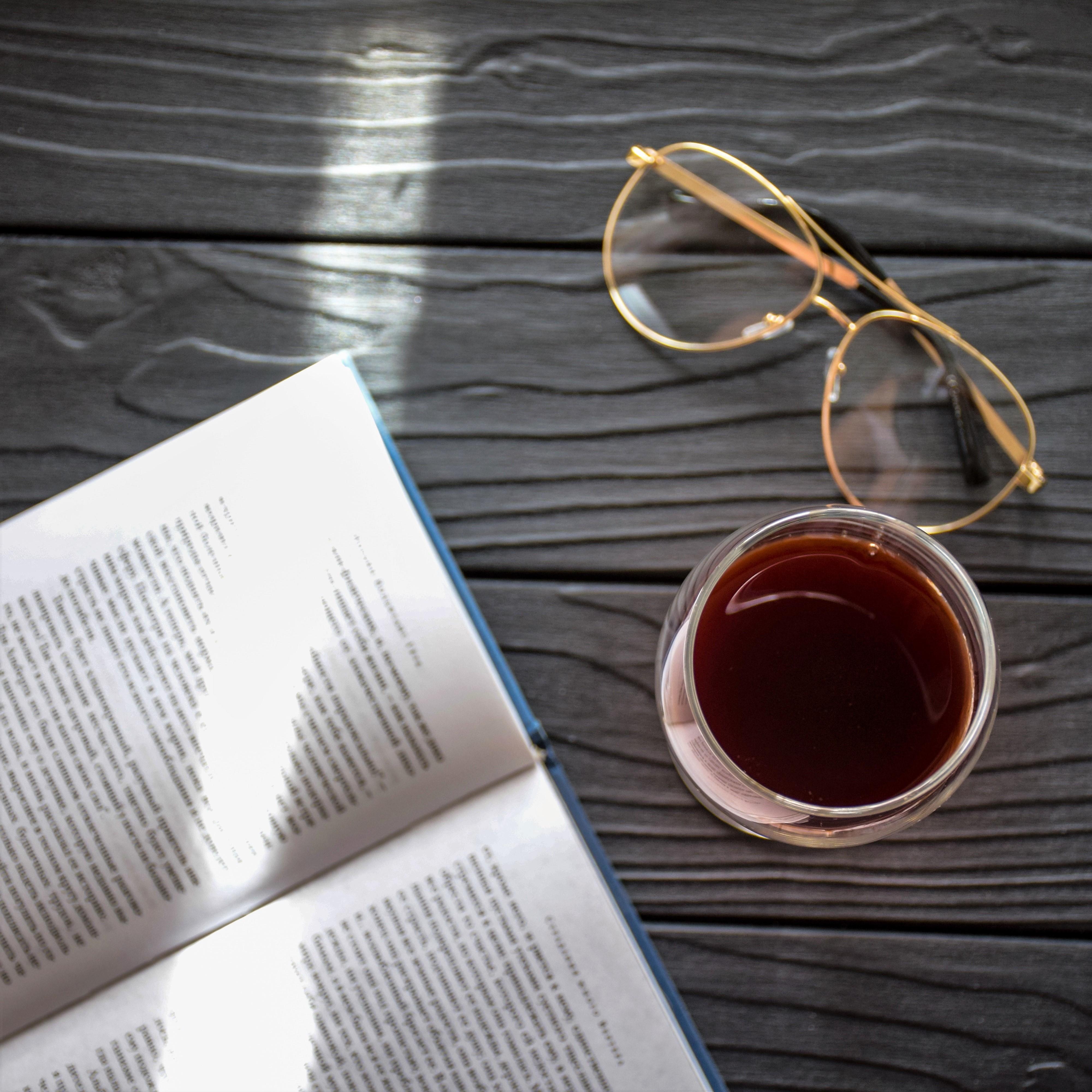 Buch & Wein – Erlesenes in Ihrer Buchhandlung